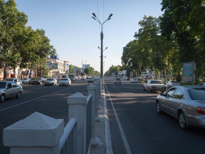 Straße Autos Usbekistan