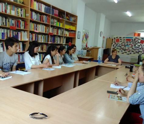 Lesung Arabajewa Universität Bischkek Kirgistan