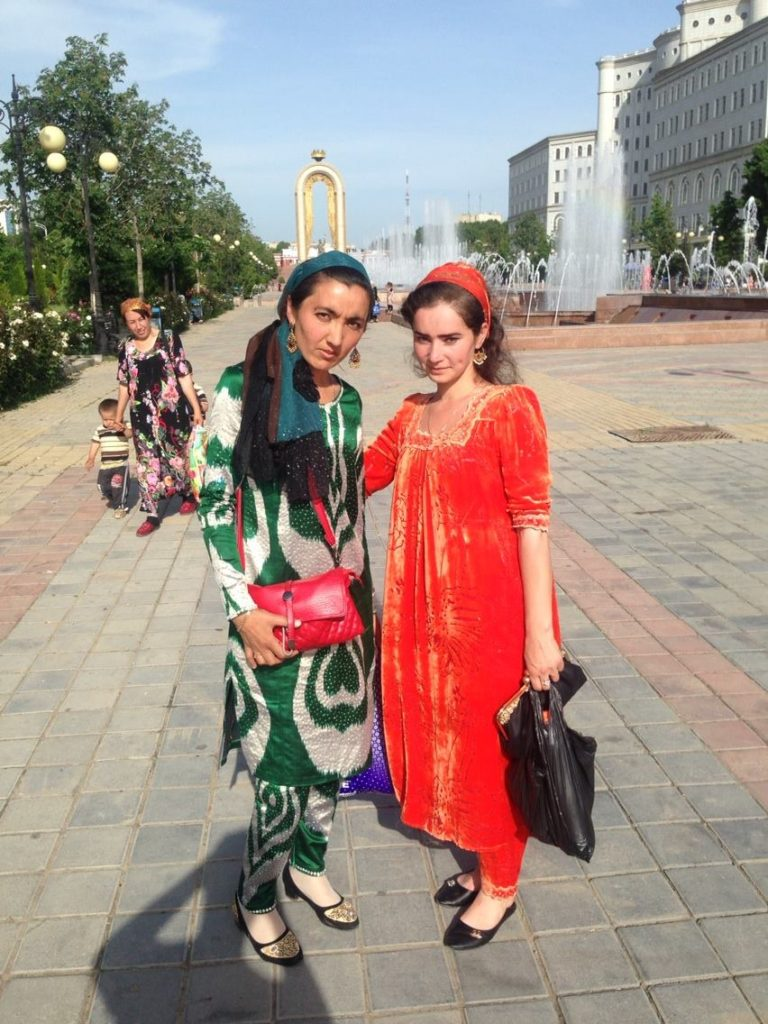 Menschen Zentralasiens Tadschikistan Duschanbe Schakhe Maduba