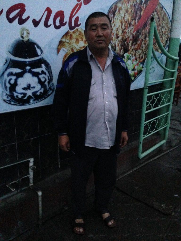 Menschen Zentralasiens Tadschikistan Isfara Mischa Schachlik