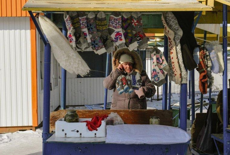 Zelinograd 25 Kasachstan Stepnogor Straßenhandel
