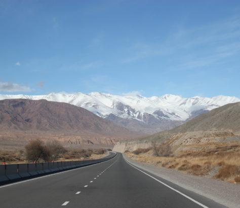 StraBe Kirgistan Balyktschy Bergen