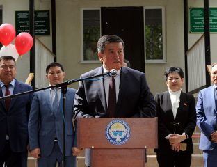Sooronbai Dscheenbekow Premierminister Kirgistan