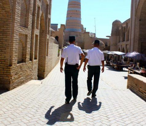 Chiva Usbekistan Polizisten