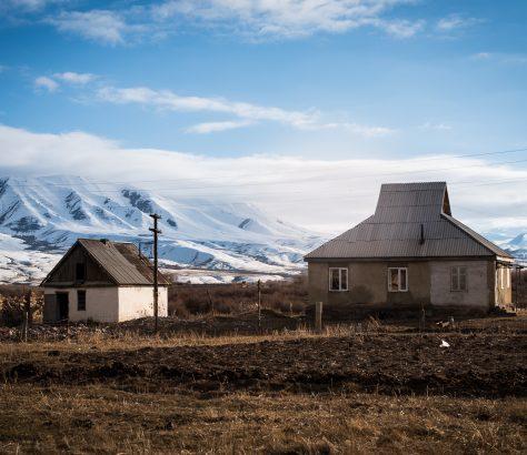 Im Dorf Koschomkul in Kirgistan