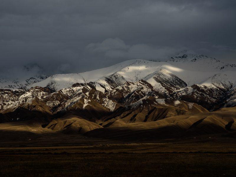 Lichtspiele am Abend in Kirgistan