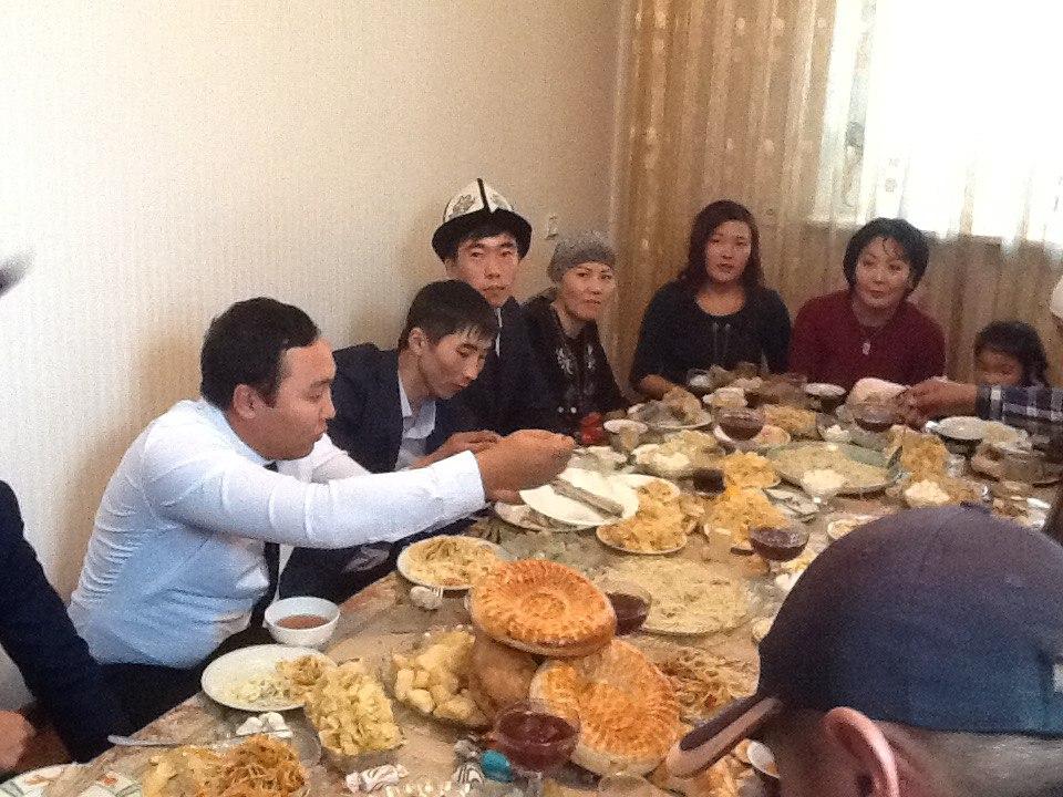 Brauch, Tradtition, Fest, Feier, Kirgistan, Tisch