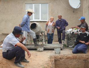 Klärgruben An Oston Kirgistan