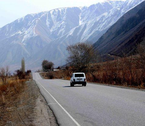 Lada Autobahn Kirgistan