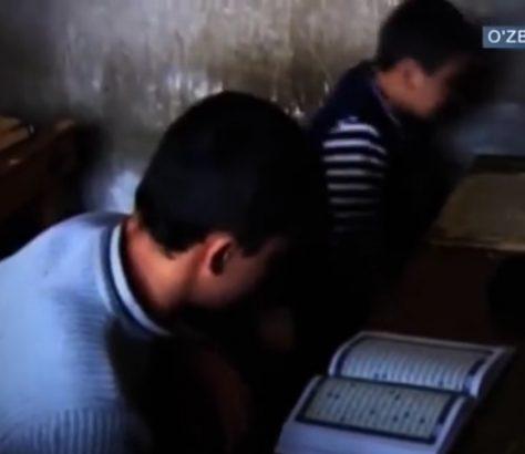 Schüler Koranschule Usbekistan