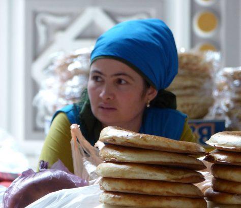 Verkäuferin auf dem Bazaar