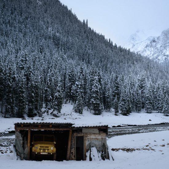 UAZ Berg Isolierung Bild des Tages Antoine Béguier