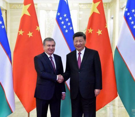 Schawkat Mirsijojew und Xi Jinping