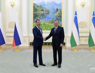 Medwedew und Mirsijojew in Taschkent