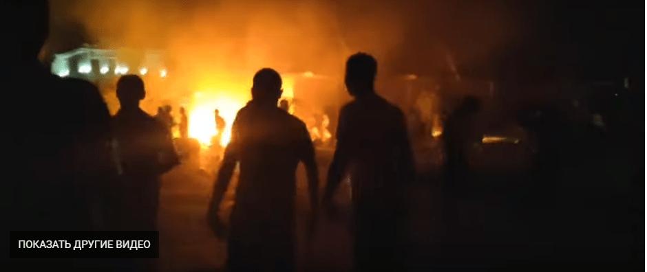 Unruhen vor dem Haus Atambajews