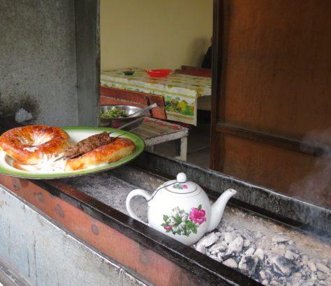 Ein bisschen Fast Food auf dem Usbekistan