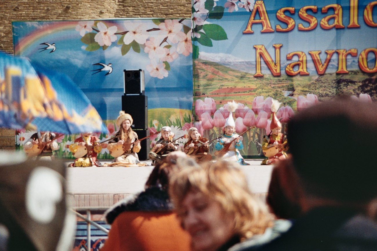junge Kasachen Buchara Usbekistan festical Nouroz