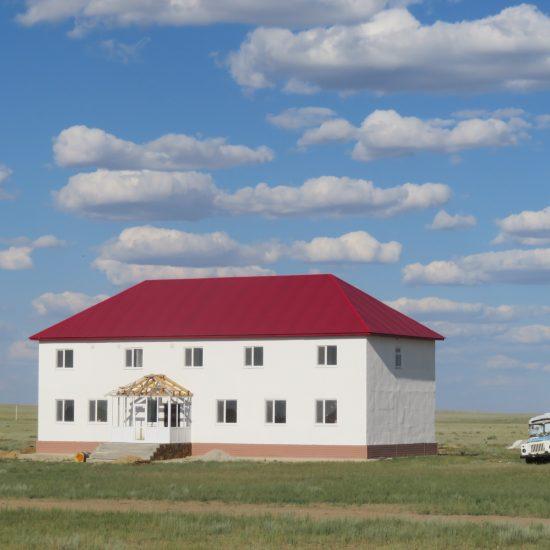 Ein Haus zwischen Yrghyz und Aqtöbe