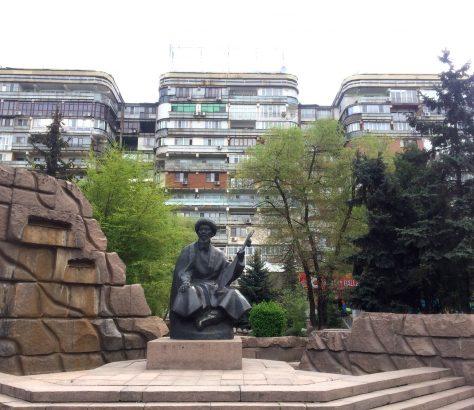 Ein bekanntes Gebäude in Almaty