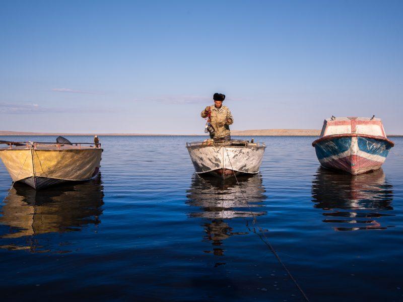 Ein Fischer auf dem Aralsee