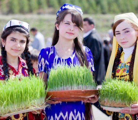 Tadjikistan Nauruz Habit Traditionnel
