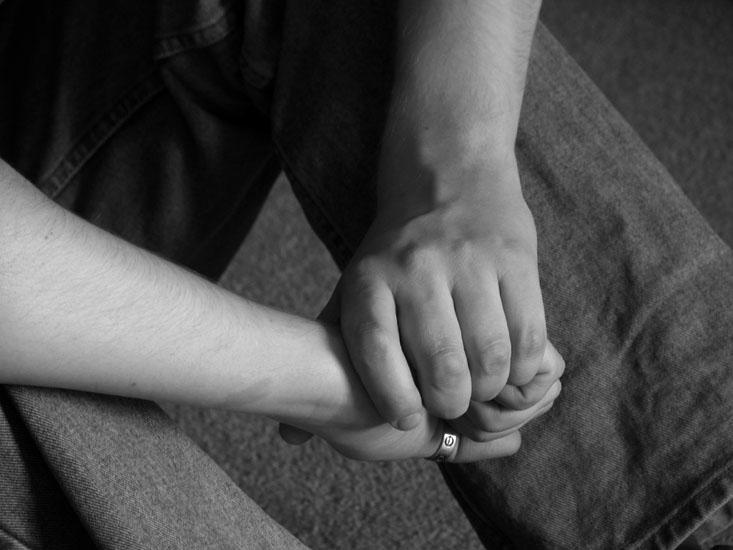 Se tenir par la main, un geste difficile pour les jeunes homosexuels au Kazakhstan