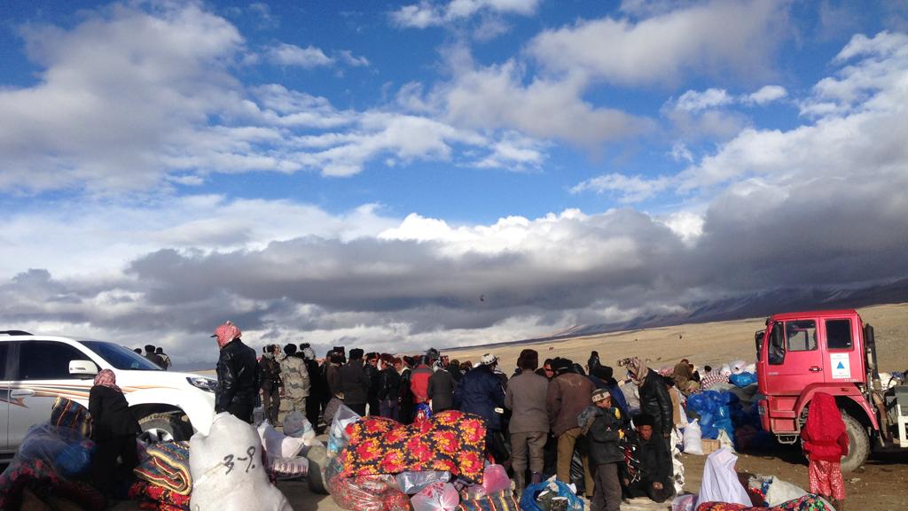 Pamir Kirghiz Afghanistan Foule Camion Plateau