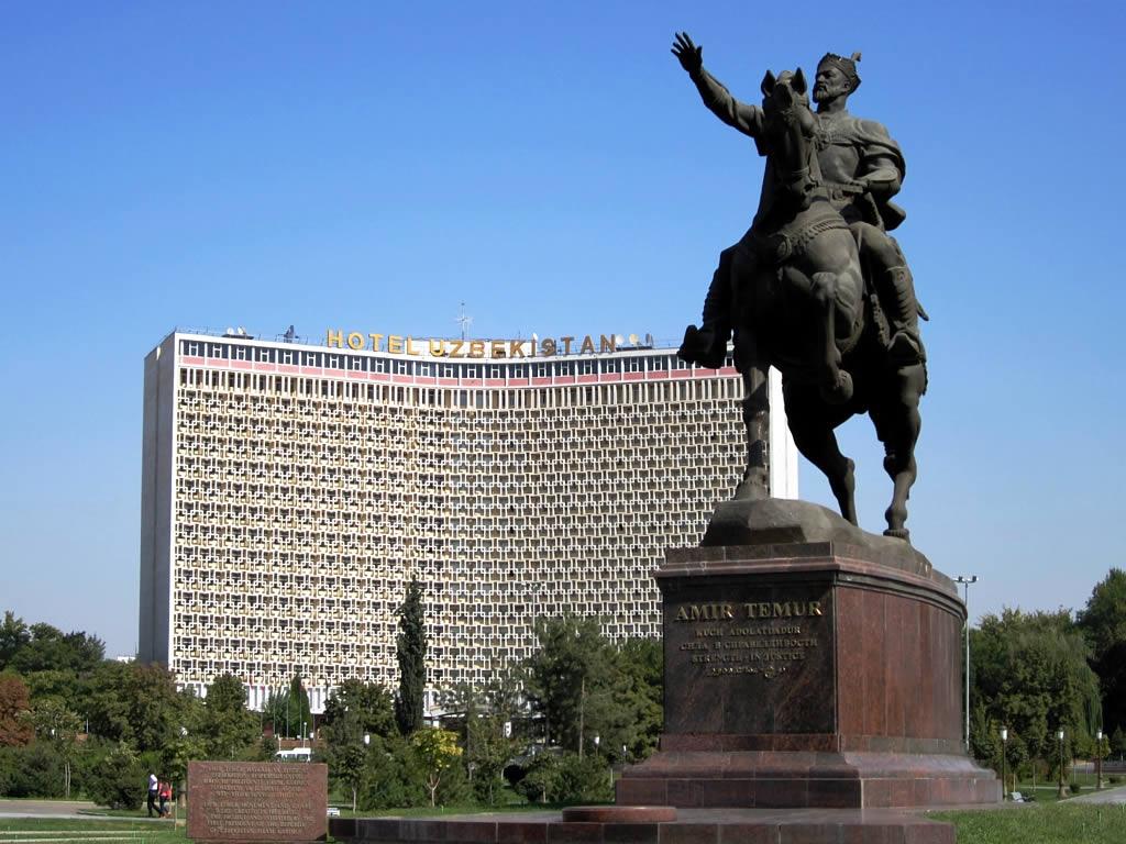 Tachkent Ouzbékistan Tamerlan BBC Retour