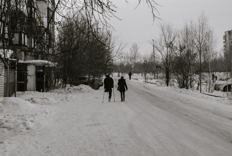 Ekibastouz Kazakhstan Rue Neige Riverains