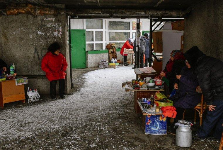 Ekibastouz Kazakhstan Marché Matériaux