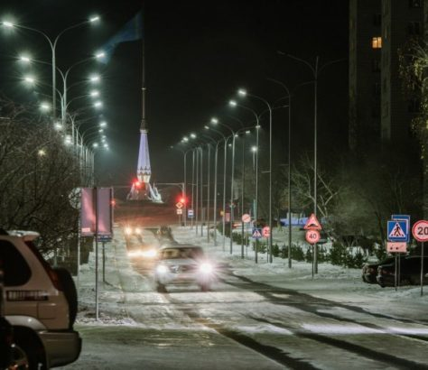 Stepnogorsk neige voiture URSS ville cachée Tselinograd-25 Kazakhstan