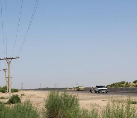 Stop Route Ouzbékistan Voiture