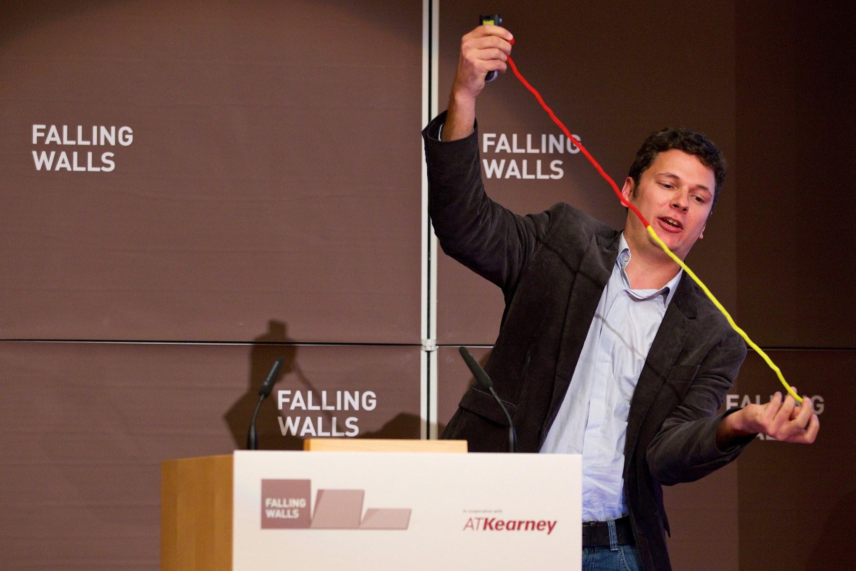 Fallin Walls Lab 2014 Moritz Zaiss Berlin