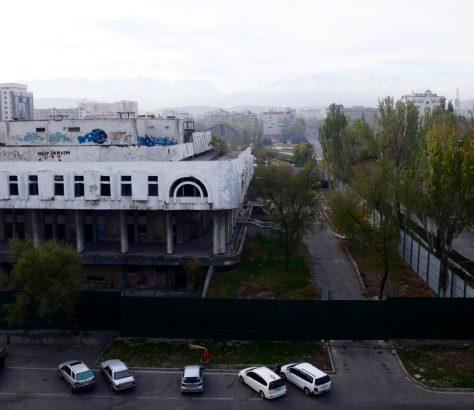 Restaurant Naryn Bichkek Kirghizstan démolition architecture kirghizstan
