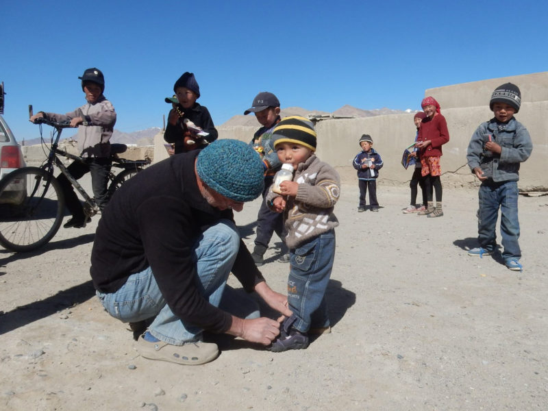 Dans le village d'Alichour, dans le Pamir tadjik Tadjikistan Dons Tajik Rally