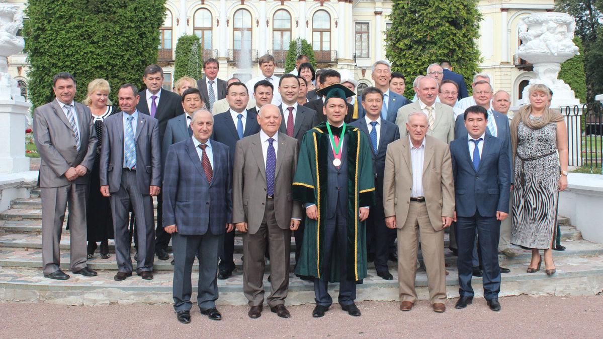 Omourbek Babanov Académie Timiriazev Moscou Kirghizstan