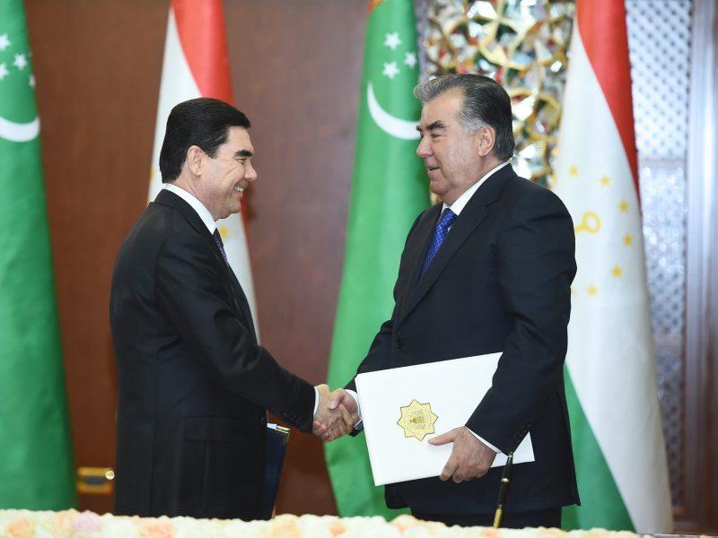 Emomali Rahmon Gourbangouly Berdimouhamedov Tadjikistan Turkménistan Présidents Accord