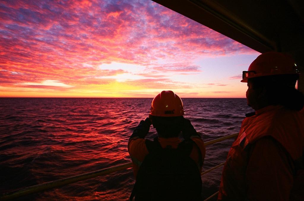 Mer Caspienne Offshore Ouvriers Lever Soleil Pétrole
