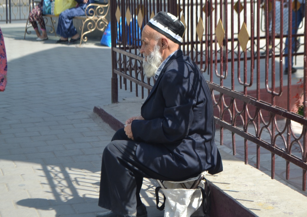 Dodarbek Mendiant Tadjikistan Douchanbé