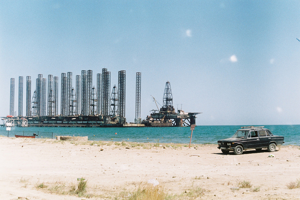 Caspienne Mer Lada Pétrole Plateforme Offshore