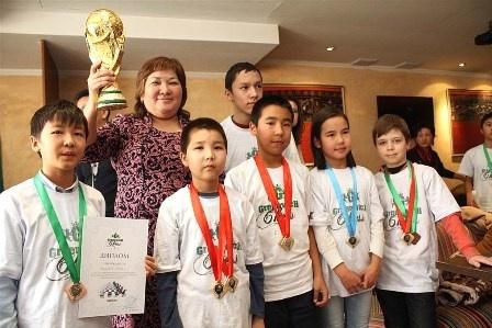 Echecs Sport Jeu Baktyl Tilenbaïeva Kirghizstan