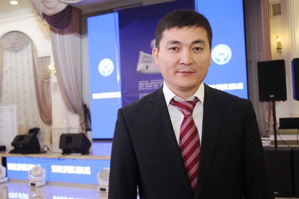 Echecs Sport Jeu Kirghizstan Milan Turpanov