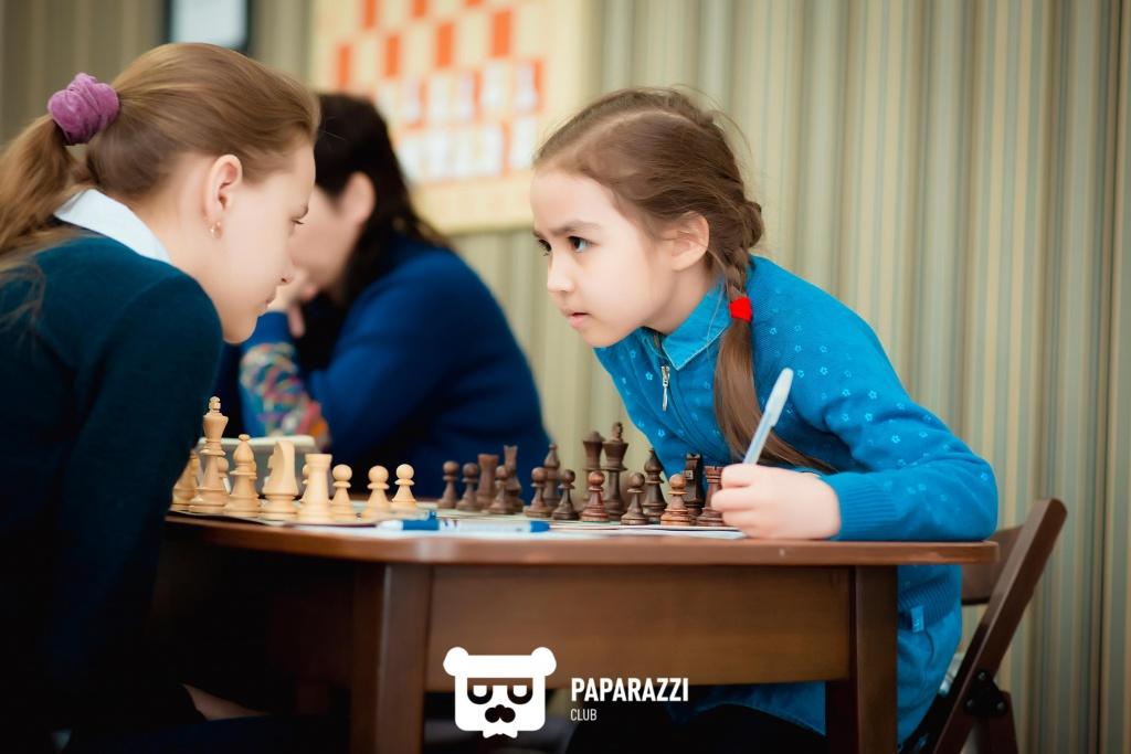 Echecs Sport Jeu Kazakhstan Filles Duel