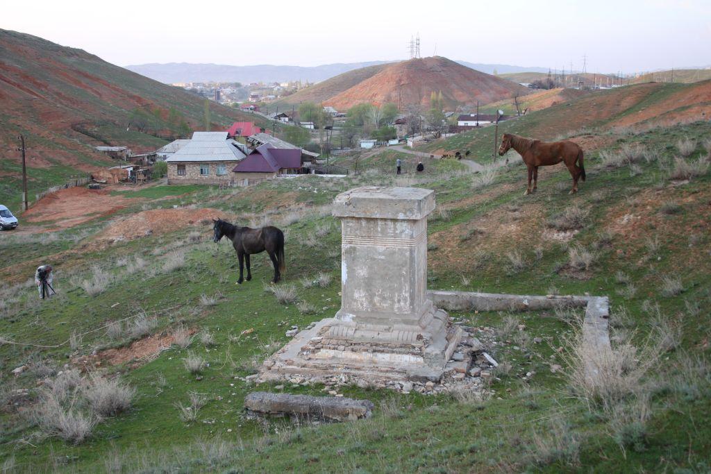 Monument Hommage Prisonniers Guerre Kirghizstan