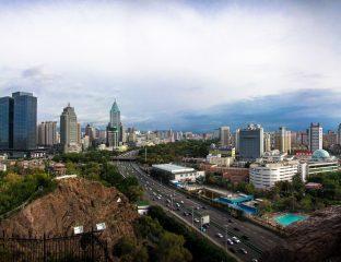 Urumchi Xinjiang Région ouïghoure Chine Capitale gratte ciels ville