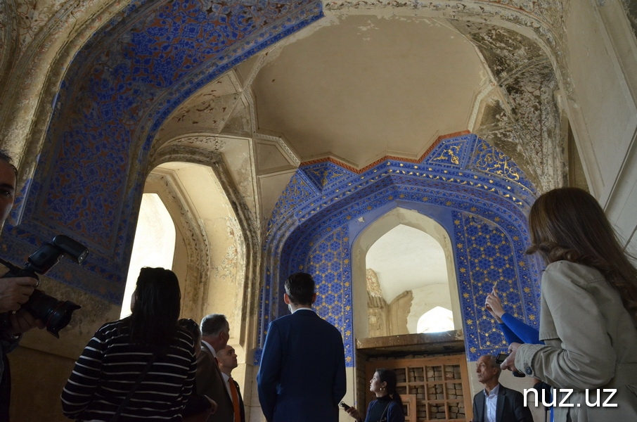 Samarcande Ishratkhana Mausolée Ouzbékistan Restauration