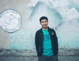 guide touristique portrait kirghiz