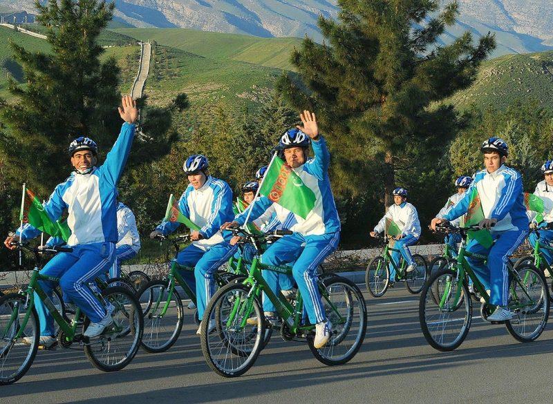 Vélo Turkménistan