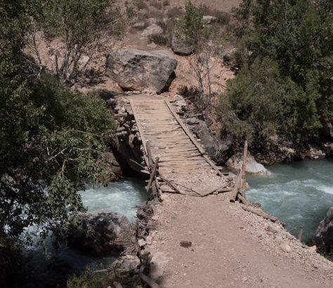 Pont Rivière Saratogh Iskanderkoul Affluent Tadjikistan