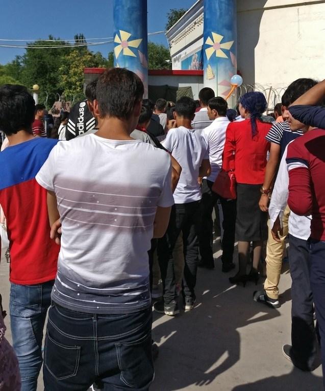 File d'attente Xinjiang Ouïgours